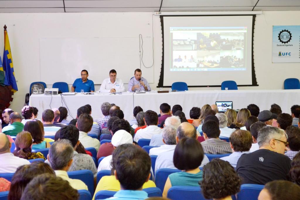 O comando de greve será instalado após 48h úteis da Assembleia de desta quinta, no Pátio da Reitoria em Fortaleza e na UFCA na sede da ADUFC-Sindicato (FOTO: Divulgação/Adufc)