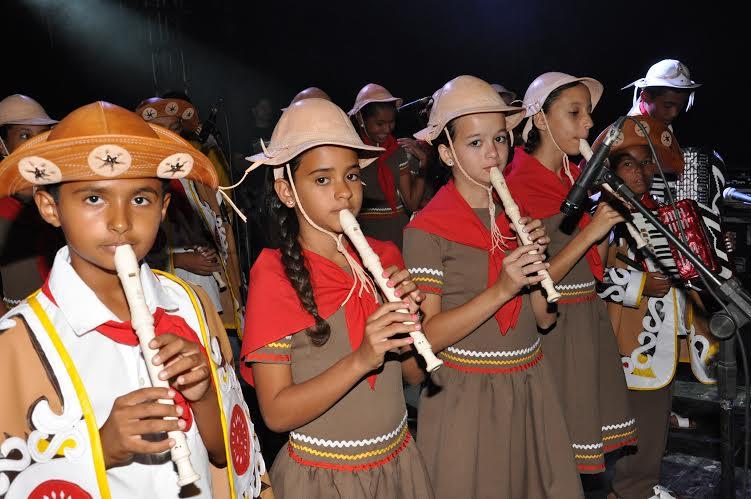"""Fundada em 1987, a associação trabalha a música instrumental como elemento de inclusão social por meio do programa """"Cultura musical"""", que atende cerca de 150 crianças e adolescentes. (FOTO: Arquivo pessoal)"""