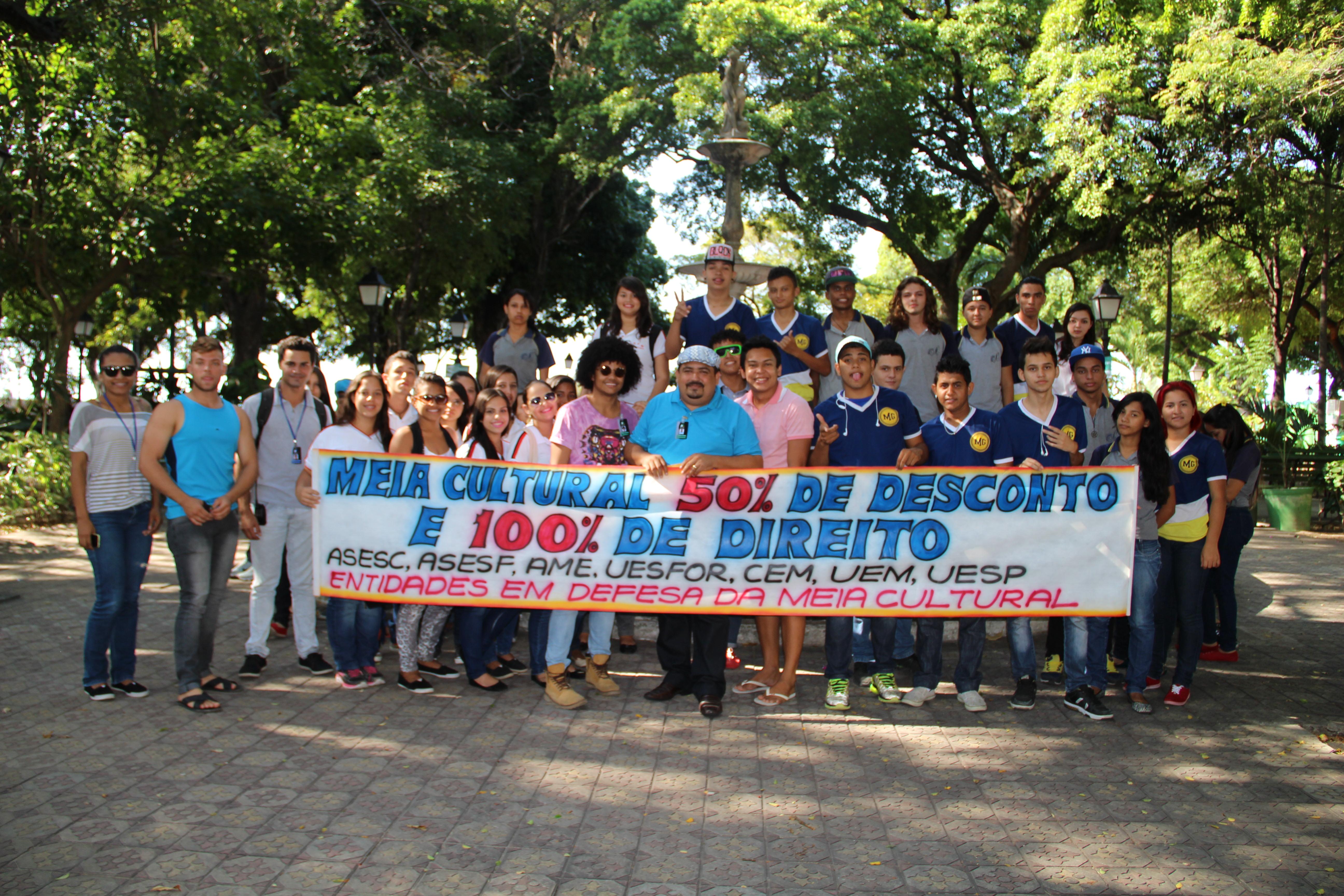 Estudantes cobram direitos integrais da meia-entrada em estabelecimentos