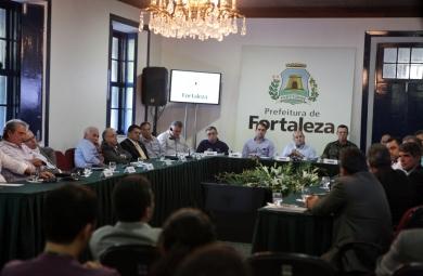 Prefeitura de Fortaleza anuncia apoio humanitário para abrigar refugiados de guerra