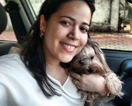 Carla Evelline hospeda cachorrinhos de pequeno e médio porte e cobra valor simbólico de R$ 55 (FOTO: Arquivo pessoal)