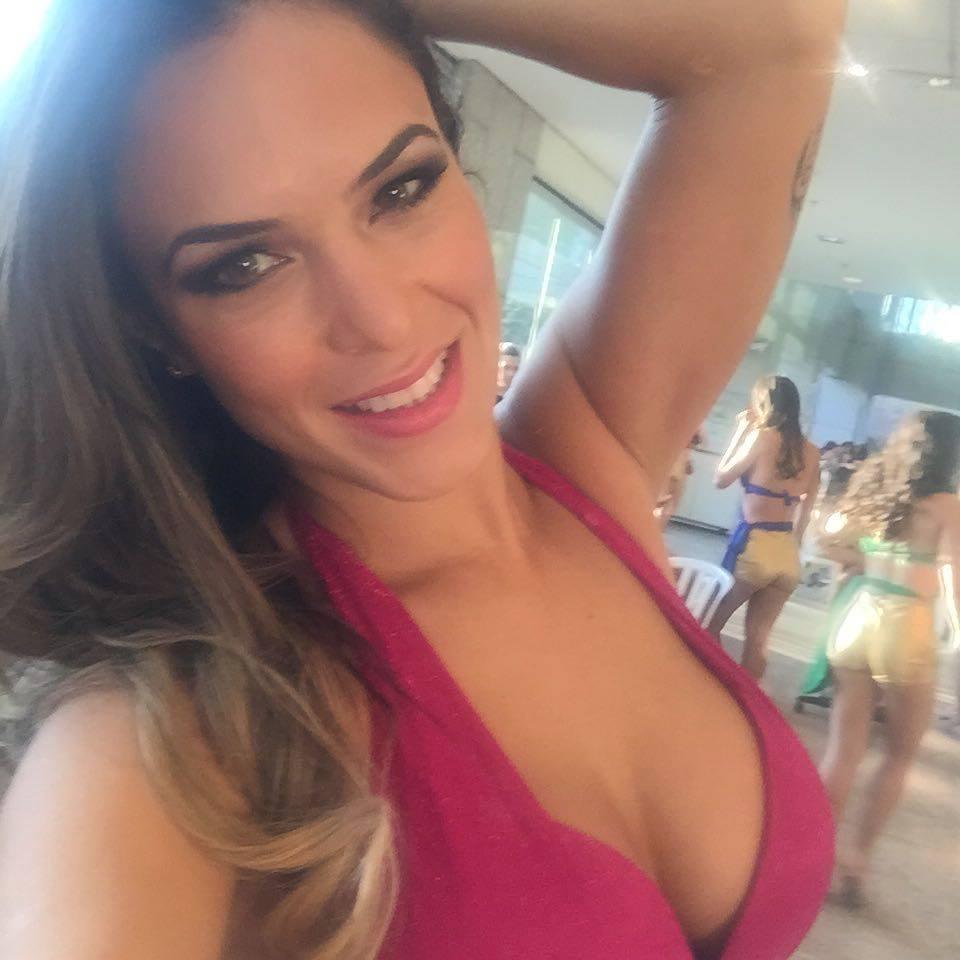 Mãe de Ana Carolina acusa ex-namorado de crime premeditado (FOTO: Reprodução Facebook)