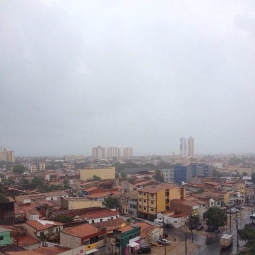 Cearenses registram período chuvoso no inicio de 2016