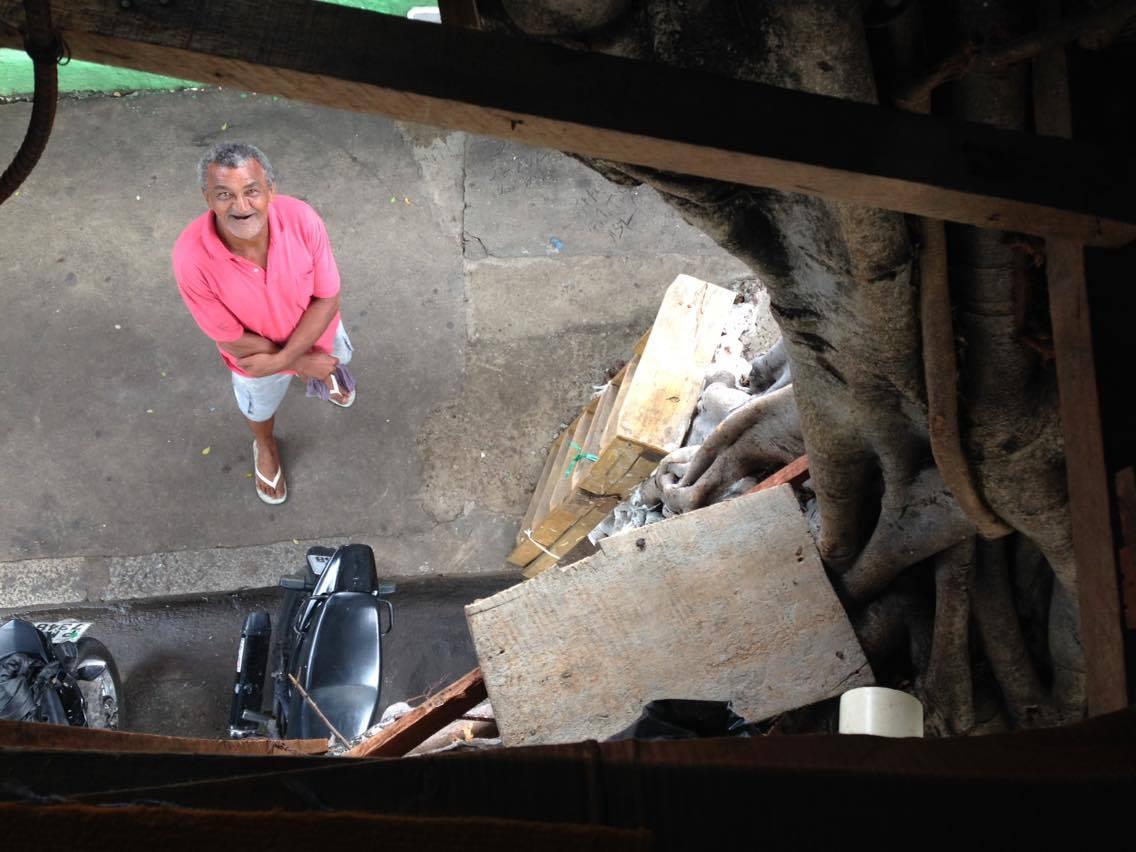 Visão de cima da casa de Antônio Alves. (FOTO: Tribuna do Ceará/ Rosana Romão)