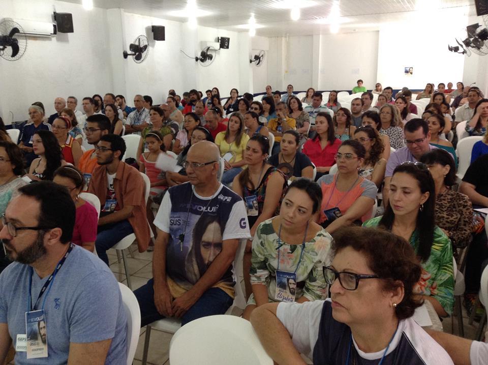 O evento tem um público estimado de 300 pessoas (Foto: Weyne Vasconcelos)