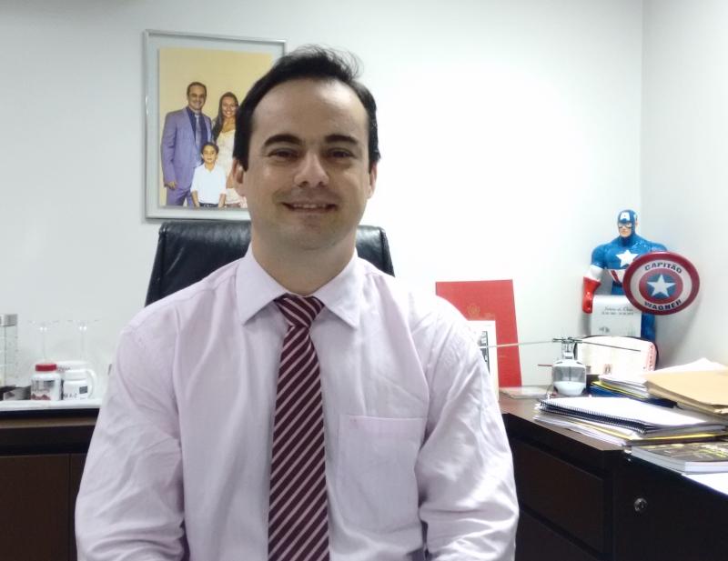 Pré-candidato falou sobre saúde e segurança (FOTO: Hayanne Narlla/ Tribuna do Ceará)