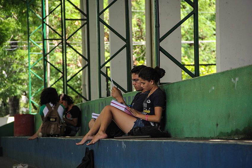 Estudantes já ocupam 30 escolas públicas no Ceará