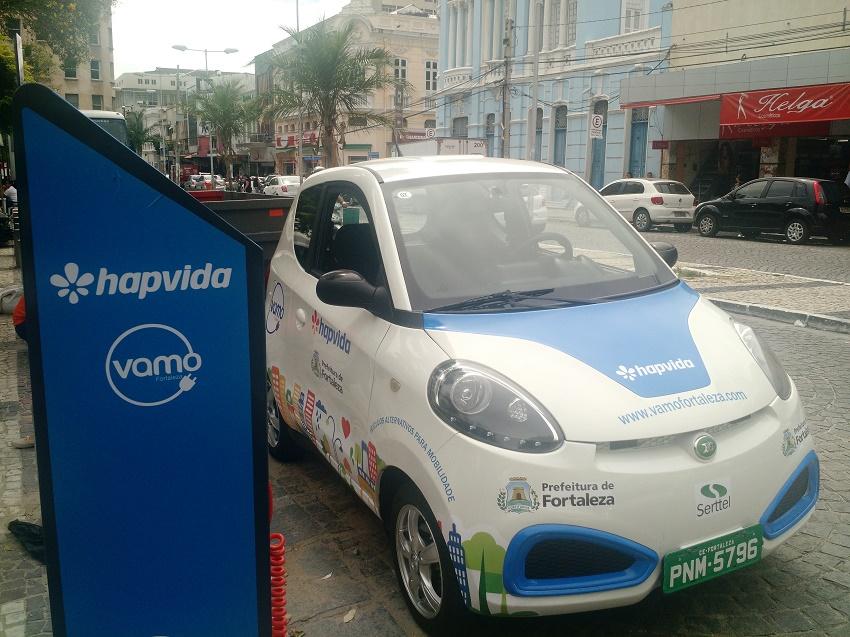 Carros compartilhados estão disponíveis na Praça do Ferreira para teste gratuito