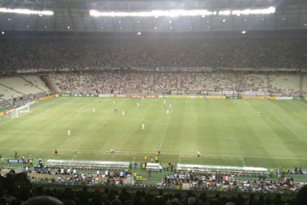 O duelo aconteceu na Arena Castelão (Foto: Lyvia Rocha/Tribuna do Ceará)