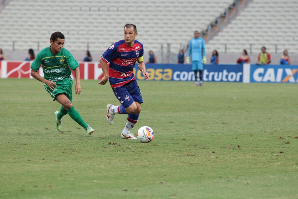 Corrêa tem nove assistências na temporada 2015 (Foto: Nodge Nogueira)