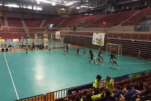 O local é palco das partidas de handebol dos Jogos Escolares da Juventude (Foto: Divulgação)