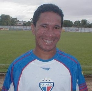 Clodoaldo participou dois acessos à Série A na década passada (Foto: divulgação)
