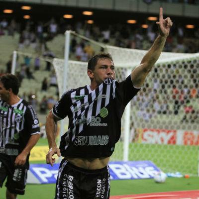 Mota é um dos ídolos Ídolo alvinegro, Mota fez parte da campanha vitoriosa em 2009 (Christian Alekson/Cearasc.com)