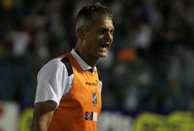 Lisca fará sua estreia com o Ceará (Foto: Rafael Barros / cearasc.com)