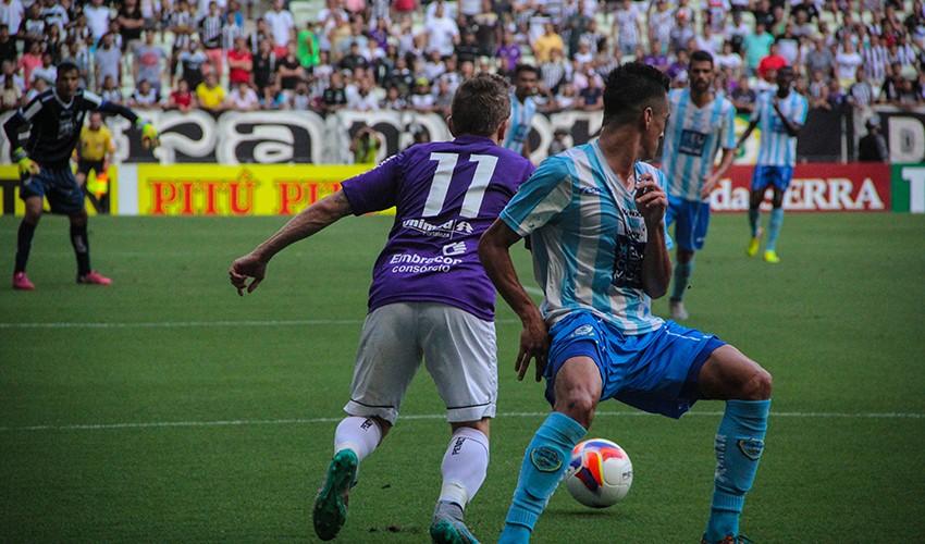 O Ceará venceu o Macaé na última rodada da Série B e garantiu a permanência no certame (FOTO: Tribuna do Ceará/Fernanda Moura)