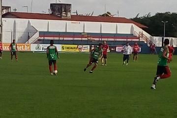 Jogadores treinaram focados no próximo adversário (FOTO: Artilheiro)