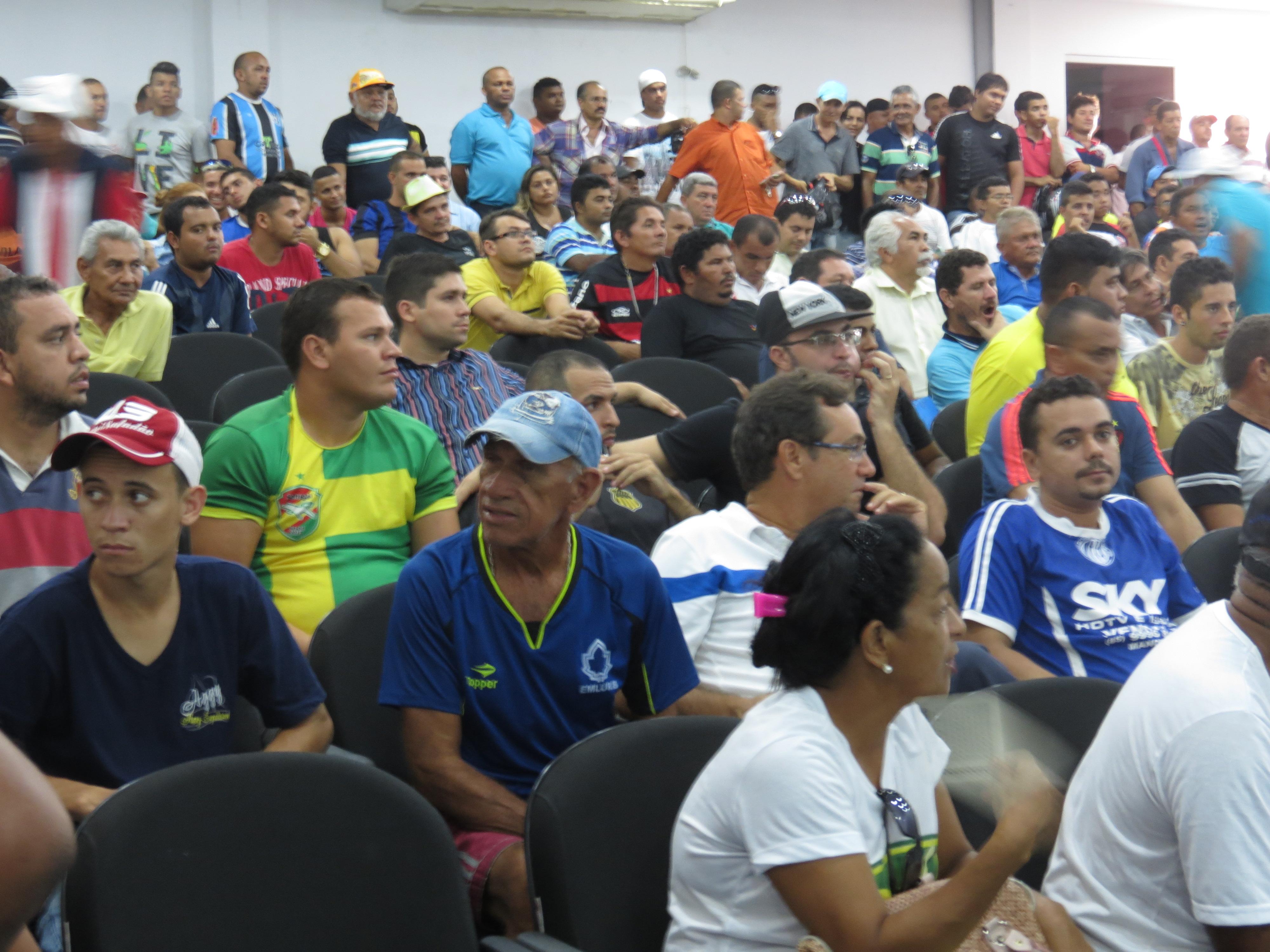 CopArena, torneio não-profissional de futebol cearense, tem mais de 320 times inscritos