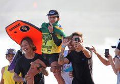 A cearense é tricampeã mundial de Bodyboard (FOTO: Tony D´Andrea/Uma Rosa Filmes)