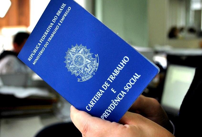 Muitos brasileiros desejam retornar ao mercado de trabalho (FOTO: Divulgação)