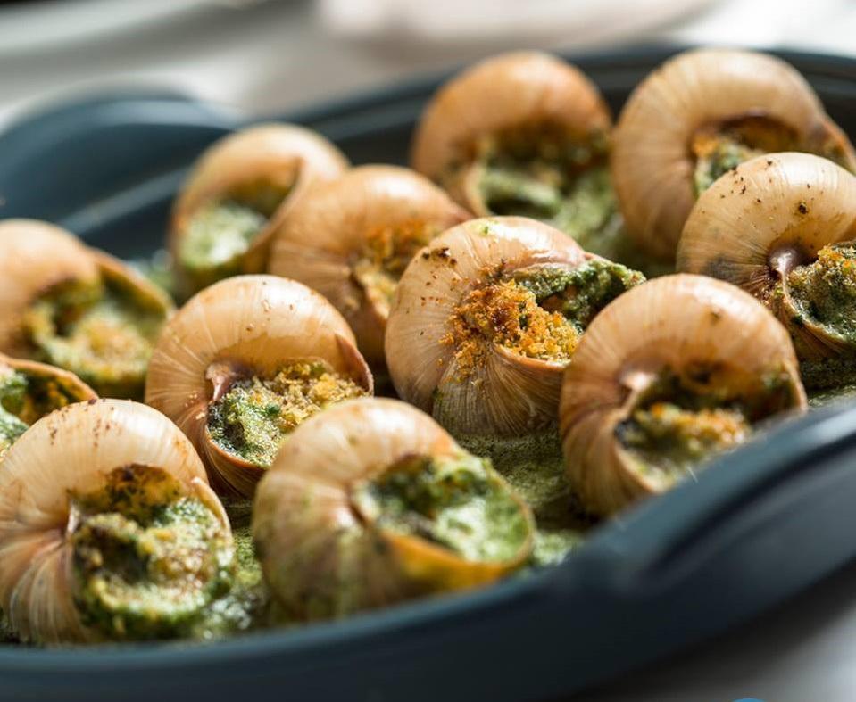 Apesar de ter se popularizado pela gastronomia francesa, o escargot também é um moluscotípico do litoral cearense (FOTO: Divulgação)