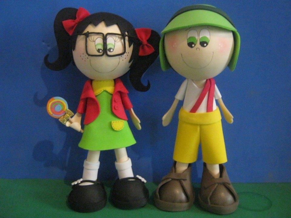 Os bonecos maiores, de 30 cm, custam R$ 35 e, os menores, de 15 cm, R$ 20 (FOTO: Reprodução)