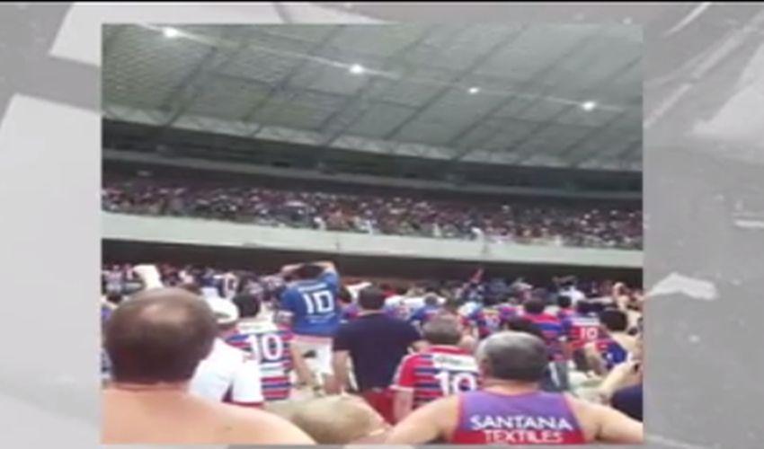 Verdadeira praça de guerra na Arena Castelão(FOTO: Reprodução TV Jangadeiro)