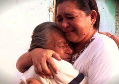 Reencontro emocionante de mãe e filha(FOTO: Reprodução TV Jangadeiro)