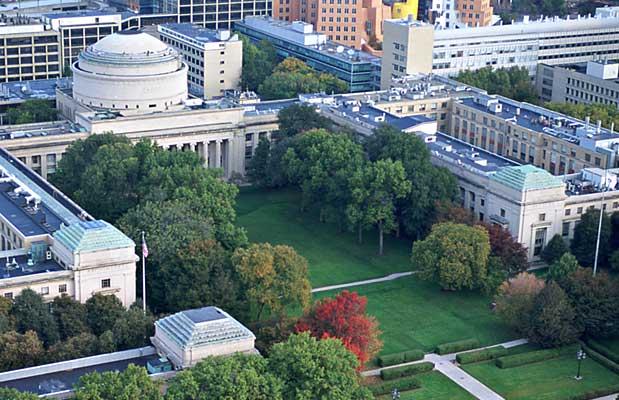 Campus do MIT em Massachusetts nos EUA (FOTO: Reprodução Wikipedia)