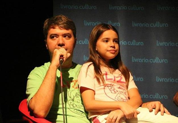 Daniel Brandão criou histórias em quadrinhos a partir de vivências da filha Liz (FOTO: Arquivo pessoal)