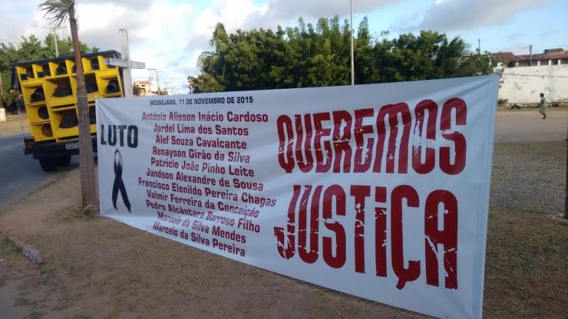 Familiares pedem Justiça (FOTO: Hayanne Narlla/Tribuna do Ceará)