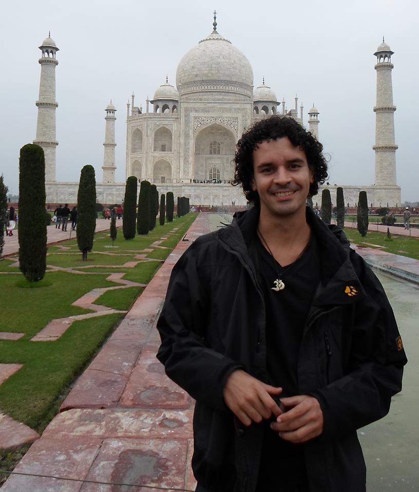 Paulo Alves viajou mais de 30 países (FOTO: Arquivo Pessoal)