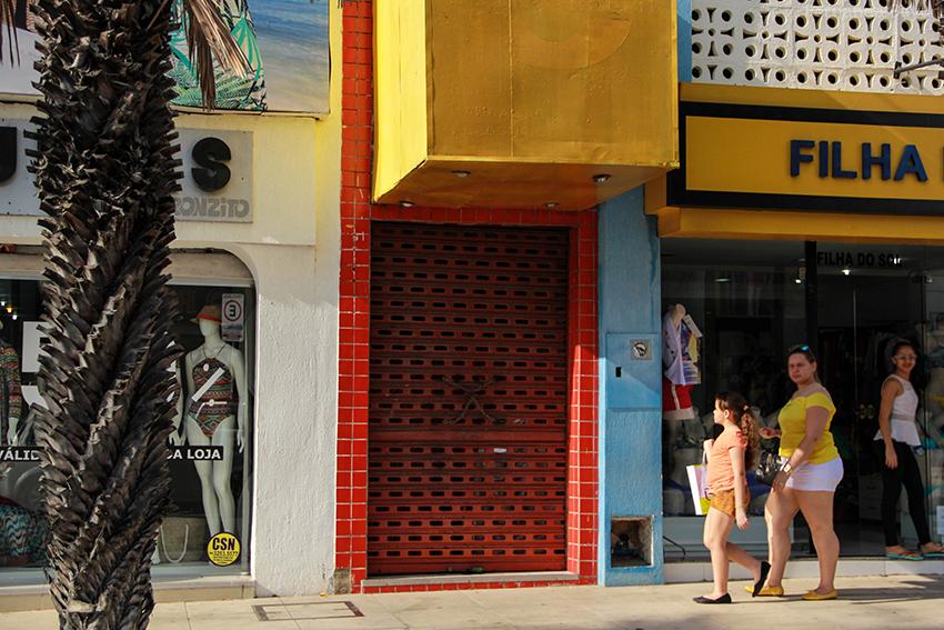 Comércio de rua abre no sábado e fecha no domingo (FOTO: Fernanda Moura/Tribuna do Ceará)