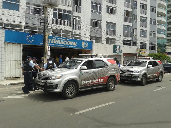 Proprietário foi atingido dentro de seu restaurante, localizado em região turística (FOTO: TV Jangadeiro)