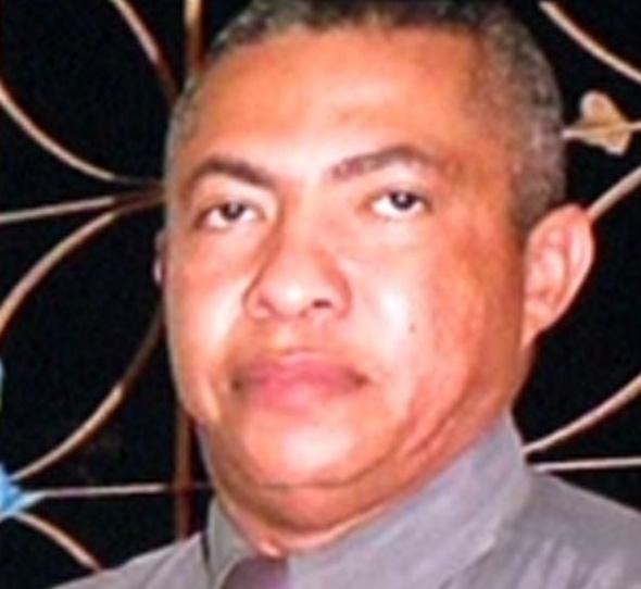 Uma câmera de segurança flagrou Roberval Nunes saindo da residência onde ocorreu o crime (FOTO: Reprodução)