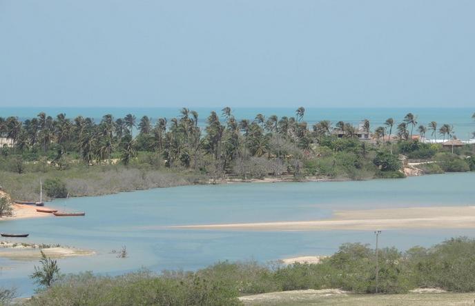 A Praia da Tatajuba fica em uma vila de pescadores entre as cidades de Jericoacoara e Camocim (FOTO: Reprodução)
