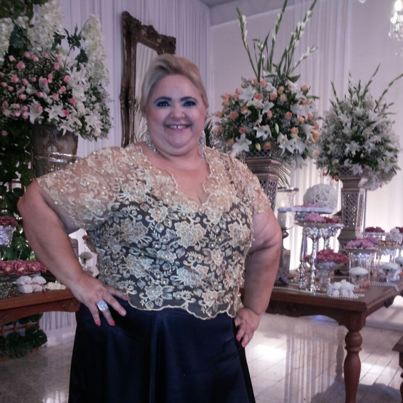 Sandra Cândido é professora e faz performances artísticas em Sobral (FOTO: Arquivo pessoal)