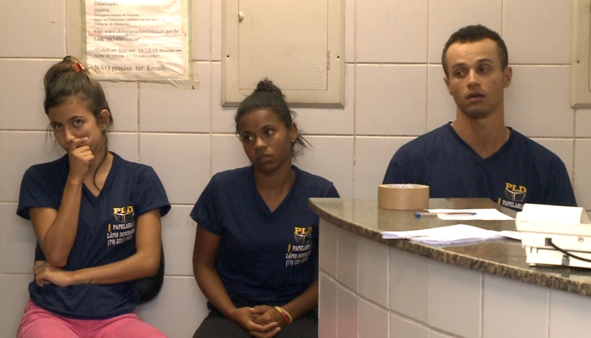 Grupo foi preso em flagrante no Bairro Montese (FOTO: Reprodução/TV Jangadeiro)