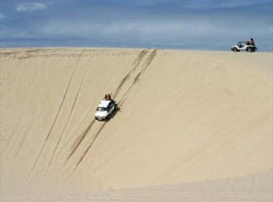 Passeios de buggy são tradicionais na região (FOTO: Divulgação)