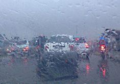 Chuva gerou atenção redobrada no trânsito (FOTO: Whatsapp/Tribuna do Ceará)