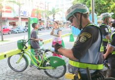 Polícia Rodoviária Estadual também está multando (FOTO: Reprodução TV Jangadeiro)