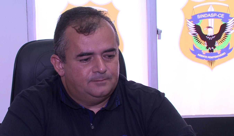 Presidente do Sindicato dos Agentes Penitenciários, Valdemiro Barbosa (FOTO: Reprodução TV Jangadeiro / SBT)
