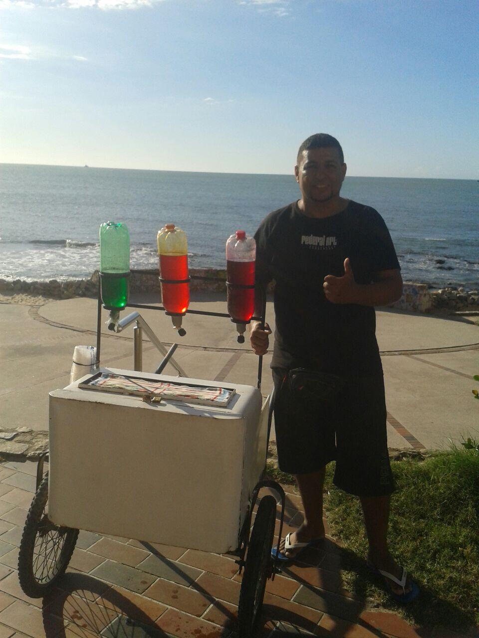 Vendedor ambulante Gaúcho usa criatividade para sobreviver no Ceará (Foto: Arquivo Pessoal)
