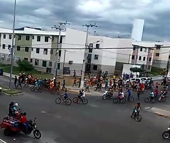 Ao todo, 87 pessoas foram encaminhadas à delegacia (FOTO: Reprodução)