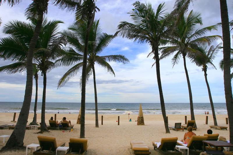 Praia é distante cerca de 30 quilômetros de Fortaleza (FOTO: Divulgação/Prefeitura de Aquiraz)