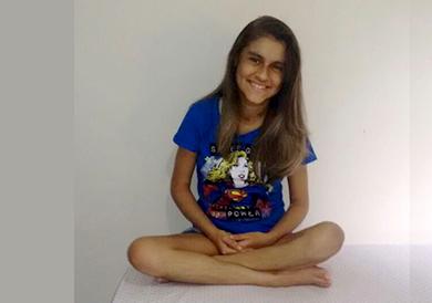 Aos 6 anos, Sara foi diagnosticada com pneumonia por hipersensibilidade (FOTO: Divulgação)