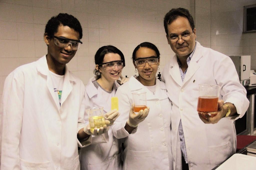 Em Juazeiro do Norte, os estudantes do IFCE, durante a primeira etapa de implantação do projeto (FOTO: Divulgação)