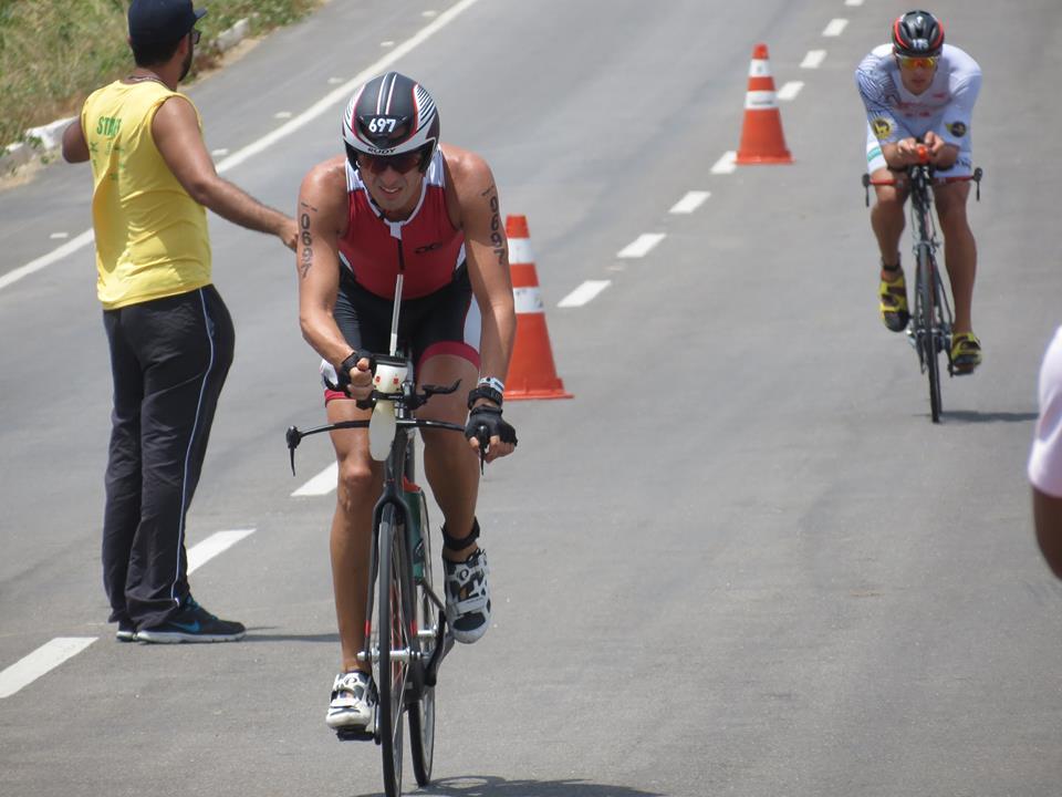 O percurso de ciclismo do Ironman Fortaleza 2015 foi melhorado em relação ao ano de estreia (Foto: Lucas Catrib)