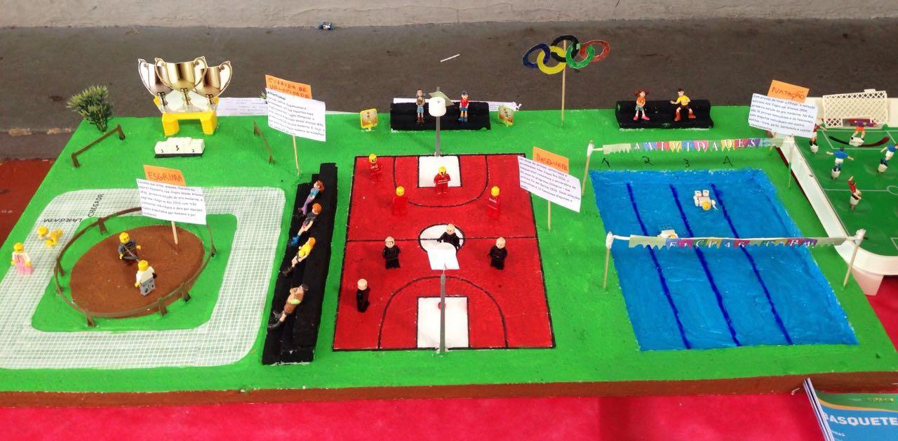 Crianças mostram suas criatividades com maquetes sobre esportes olímpicos (FOTO: Matheus Ribeiro / Tribuna do Ceará)