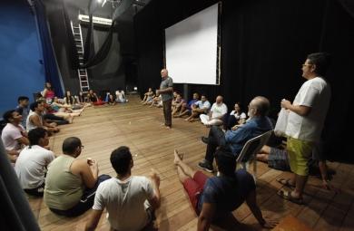A Oficina Garimpo de Talentos é ministrada pelos professores Walden Luiz e Wagner Pereira (Foto: Qroz Netto).