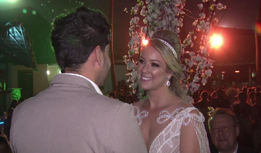 Madame Mastrogilda apronta no casamento do ano (Foto: Reprodução TV Jangadeiro)